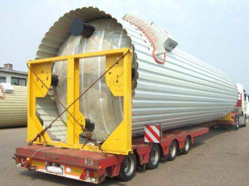 Specjalistyczne transporty silosów i kompletne wytwórnie mas bitumicznych